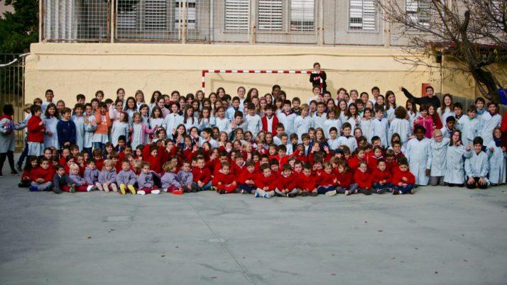 Les famílies que encara vulgueu el Calendari Solidari, demaneu-lo a la Secretaria de l'escola.
